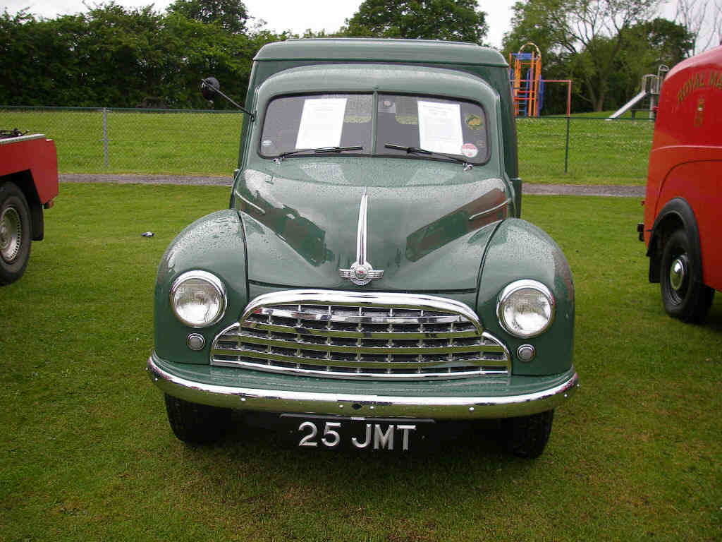 Morris Oxford van